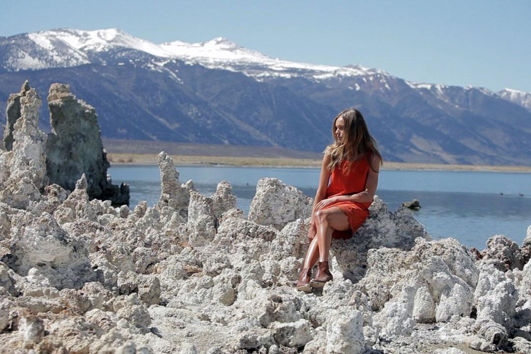 Topshop-Kate-Bosworth-20-Vogue-15May13-PR_b_1080x720