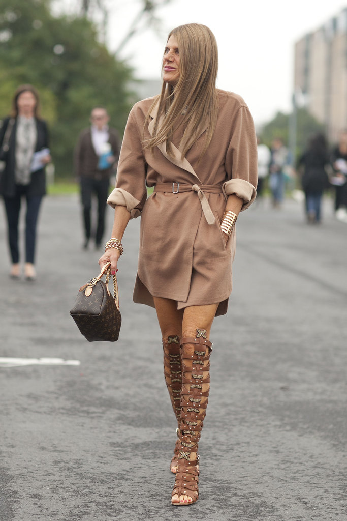 Even-neutrals-Anna-Dello-Russo-hardly-understated