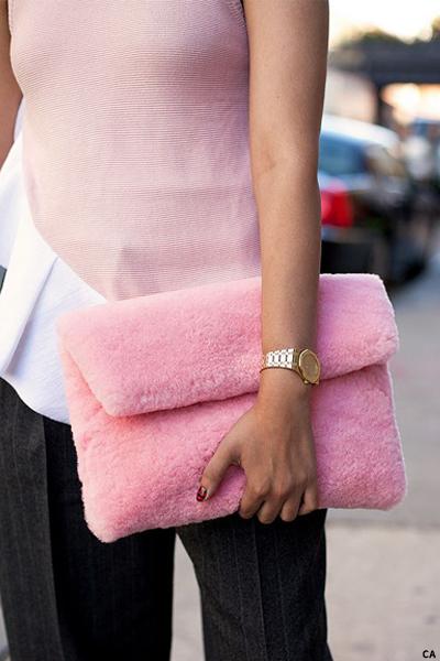 fur-clutch-bags-8