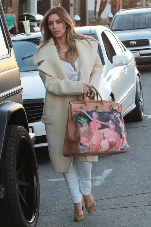 Kim-Kardashian-Painted-Hermes-Bag-4