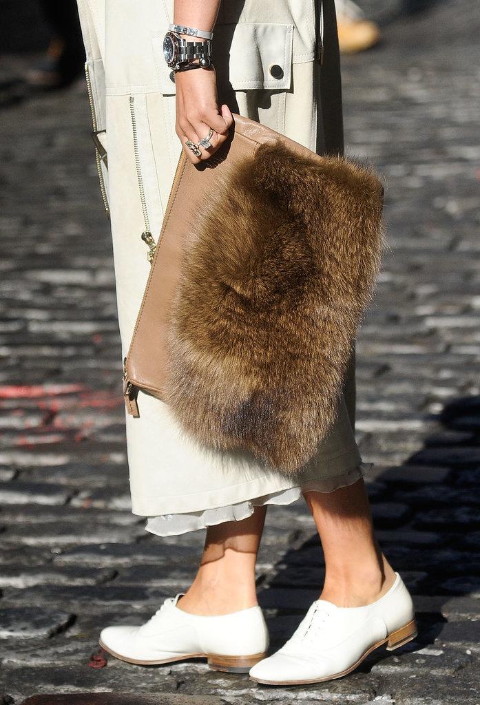 Nasiba-Adilova-toted-furry-covered-clutch