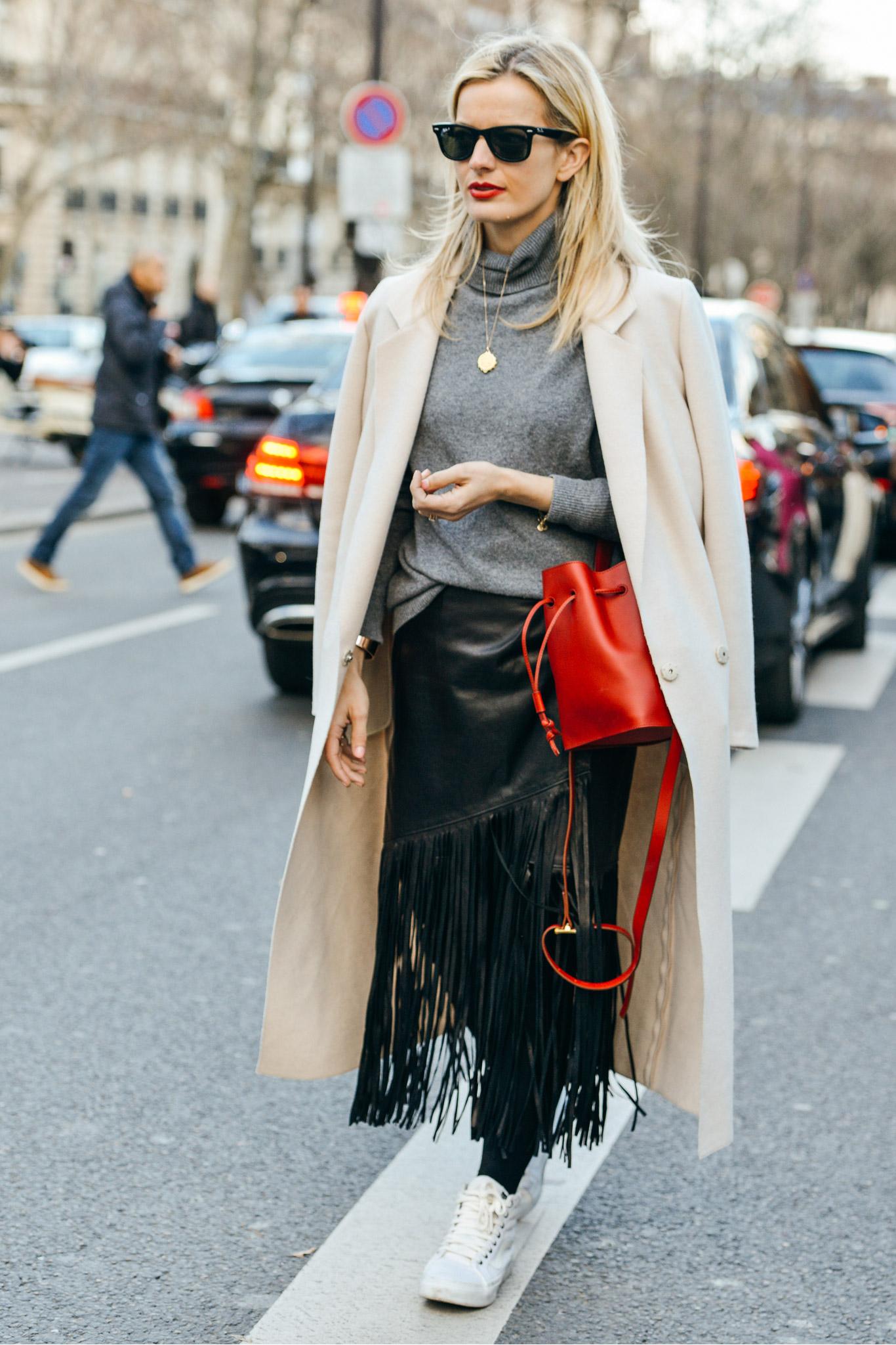 12-fall-2015-ready-to-wear-street-style-17