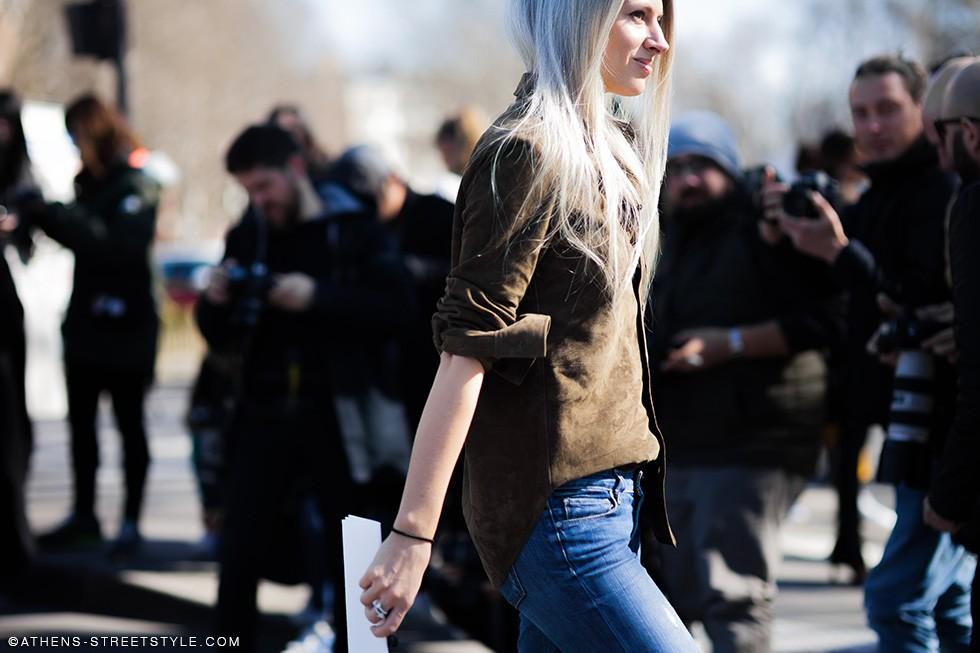 Athens-Streetstyle-Sarah-Harris-Paris-Fashion-Week-Fall-Winter-2015-2016-Street-Style-7918-980x653