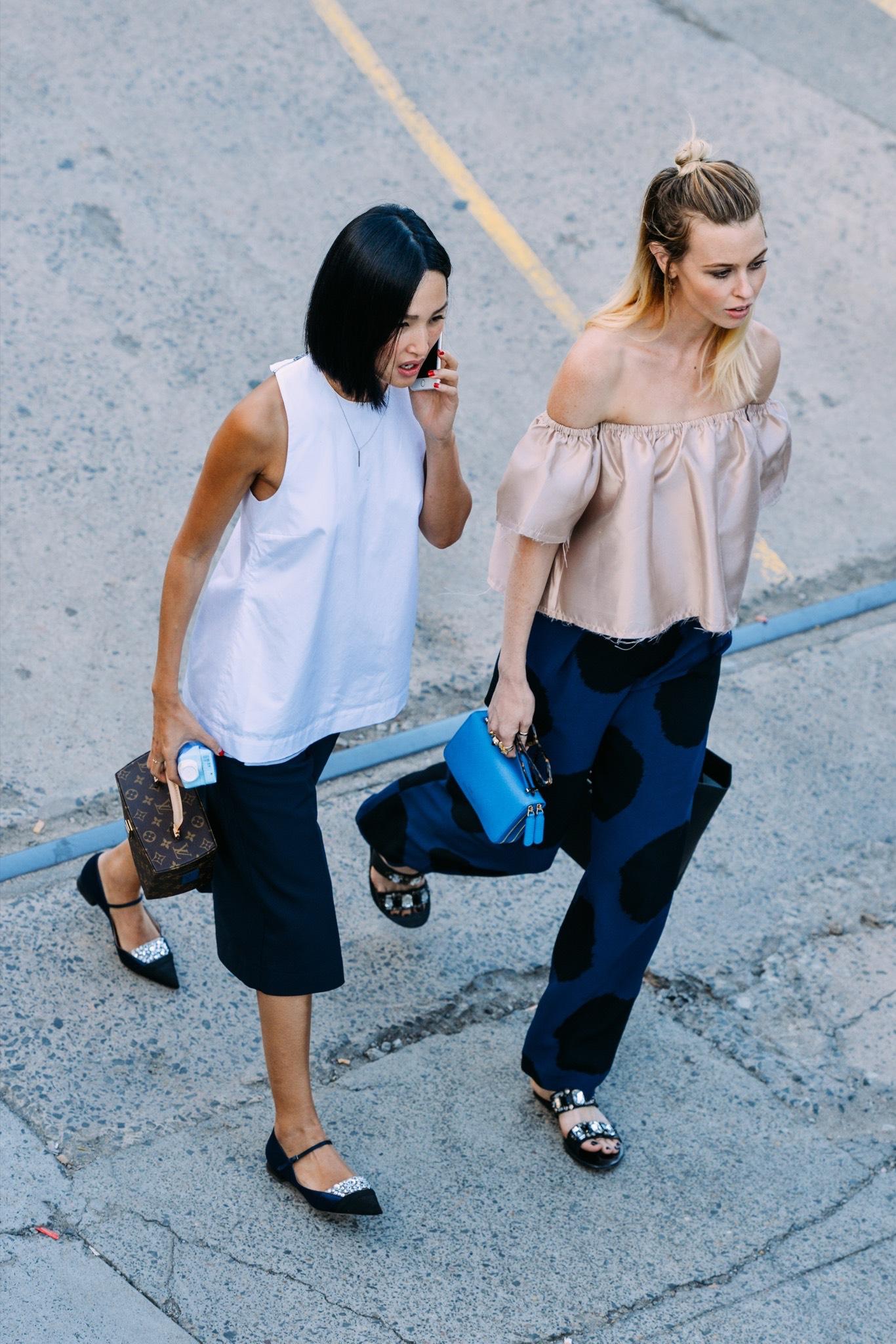 01-fashion-week-australia-spring-2015-street-style-023