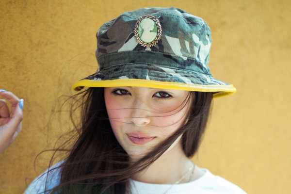 silver-spoon-attire-camo-cameo-bucket-hat-pic136838